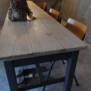 Franse oude tafel